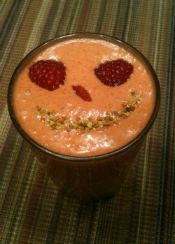 Goji Raspberry Smoothie