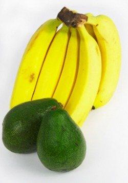 Avocado Banana Berry Smoothie